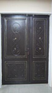 Дверь (2012 год)