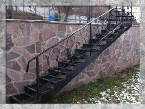 Лестница. м/пог (2012 год)