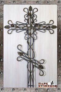 Крест с розами арт. 2019-29