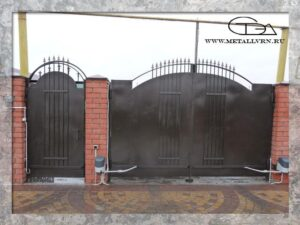 Ворота, внутренняя сторона (2013 год)